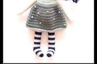 Niftynnifer's Crochet & Crafts: Free Crochet Pattern ~Dolly's ... | 249x374